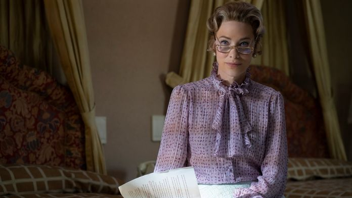 Mrs. America - Sezon 1