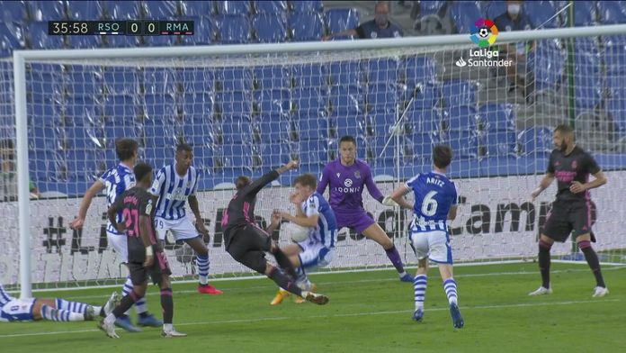 Skrót meczu Real Sociedad - Real Madryt