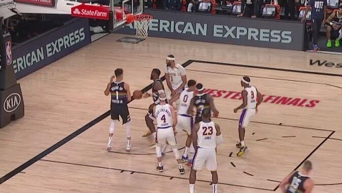 Skrót trzeciego meczu Lakers - Denver