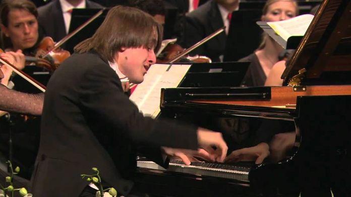 Daniil Trifonov et Masaaki Suzuki interprètent Chopin, concerto pour piano no. 2