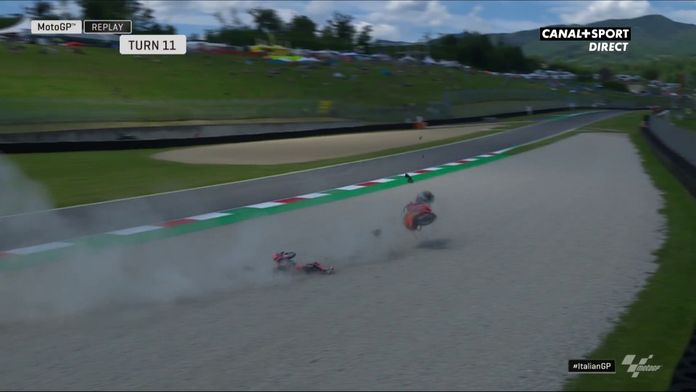 Moto3 - La chute de Johann Zarco lors des essais libres 2