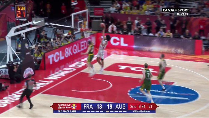 Le dunk de Louis Labeyrie sur contre-attaque