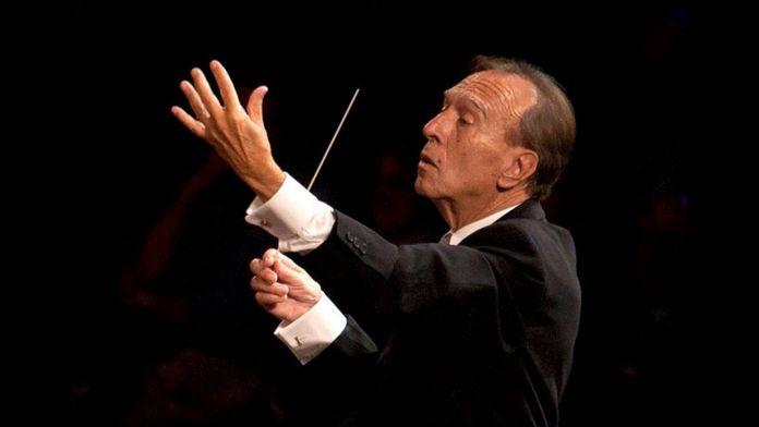 Claudio Abbado dirige la Symphonie n°5