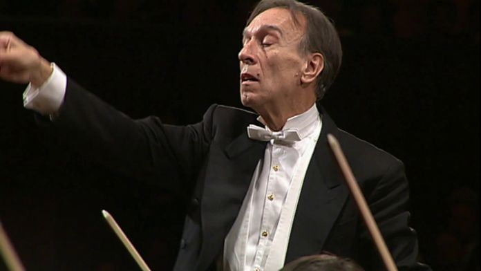 "Claudio Abbado dirige la Symphonie n°7 ""Chant de la Nuit"""