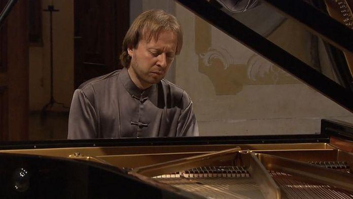 Prosseda interprète Mozart, S...