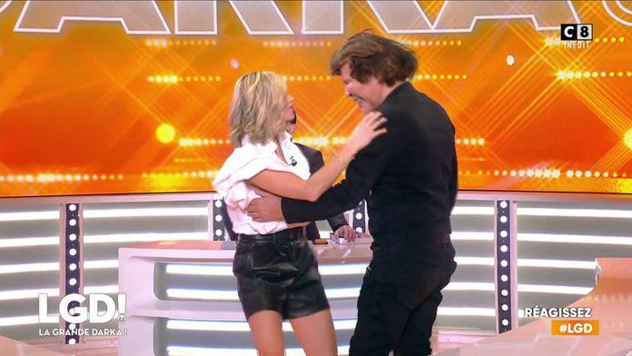 La danse très rapprochée entre Clara Morgane et Grichka Bogdanov
