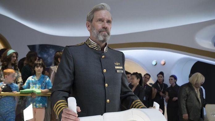 Hugh Laurie est de retour dans la comédie de science-fiction Avenue 5 : bande-annonce