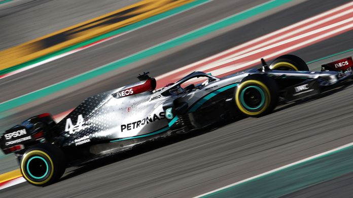 Comment Mercedes a intégré le DAS à la direction de sa W11
