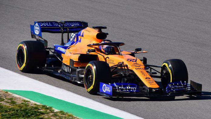 """La suspension de la F1 pourrait """"retarder"""" la résurgence de McLaren"""