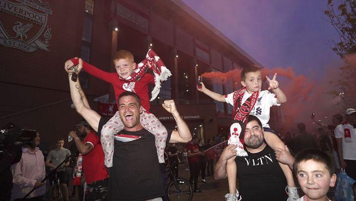Liverpool sacré Champion d'Angleterre pour la première fois depuis 30 ans