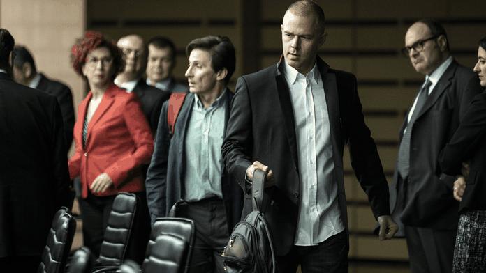 Avec Adults in the Room, le cinéma de Costa-Gavras reste politique